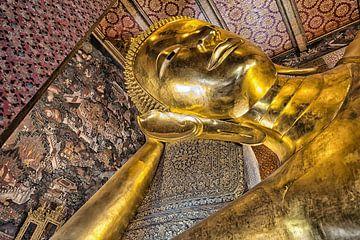 Wat Pho, Bouddha couché et doré sur Bernd Hartner