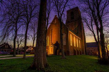 Kerk(toren) van Ransdorp bij zonsondergang (Gouden uur) van Jeffrey Steenbergen