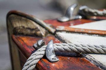 Altes hölzernes Segelboot