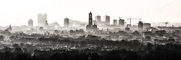 De Domtoren waakt over Utrecht. von Renzo Gerritsen