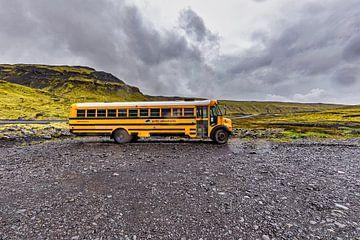 Amerikanischer Schulbus in Island von Easycopters