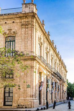 Stattliches Museum in Havanna, Kuba von Joke Van Eeghem