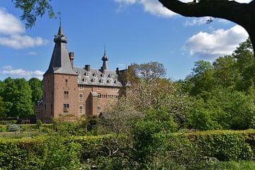Zicht op kasteel Doorwerth van Jurjen Jan Snikkenburg