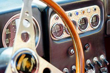 Dashboard op een Lamborghini 350 GT Prototype van Sjoerd van der Wal