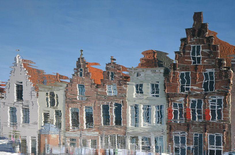 Spiegelbeeld in de Haven van Goes van Frans Blok