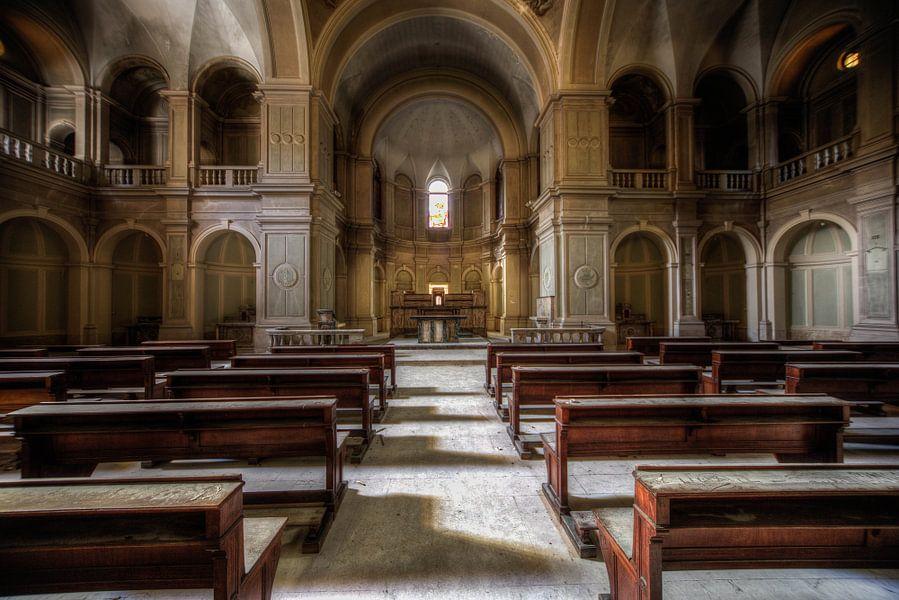 kerk in italie urbex von michel van bijsterveld