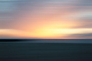 Sonnenuntergang vom Strand aus gesehen von MICHEL WETTSTEIN