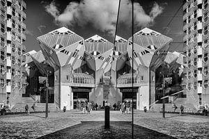 Kubuswoningen Rotterdam in spiegeling  van Annemiek van Eeden