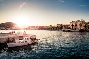 Sunset in Split van Jesse Kraal