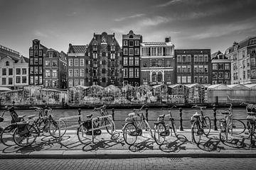 AMSTERDAM Singel mit Blumenmarkt | monochrom von
