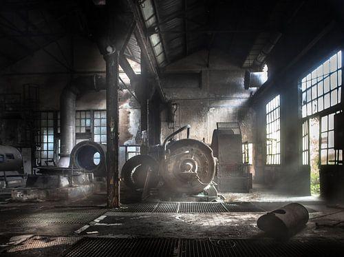Oude compressorzaal van Olivier Van Cauwelaert