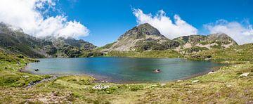 Bergmeer in de Pyreneeën van Martijn Joosse