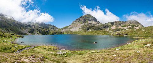 Bergmeer in de Pyreneeën