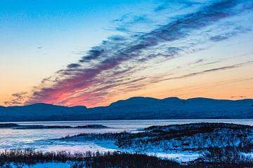 Minuit au-dessus du cercle arctique. Suède 2017 sur Hidde Hageman