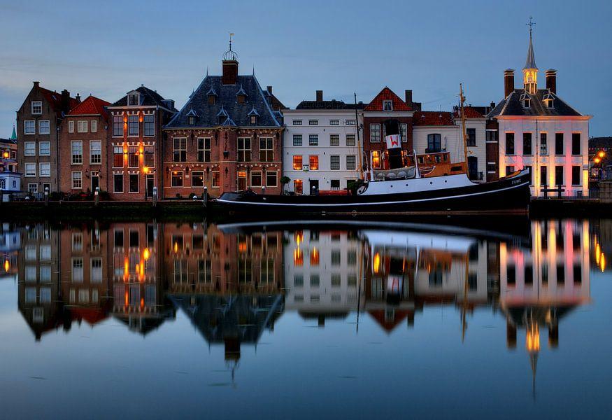 Avond in historisch centrum Maassluis