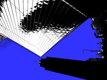 Nieuw Rotterdam CS vs The Manhattan - b&w van MoArt (Maurice Heuts)