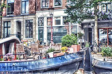 Amsterdam vanaf de gracht van Shirley Douwstra