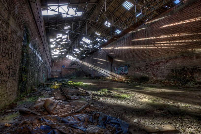 Verlaten baksteenfabriek (Urbex) van Eus Driessen