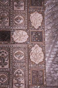 Mozaik in het Amber Fort van Jaipur.