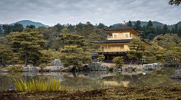 Der goldene Tempel (Kinkaku-ji) in Kyoto (Japan) von Claudio Duarte