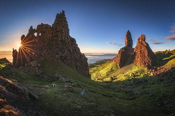 Schottland Old Man of Storr Panorama mit Sonne von Jean Claude Castor