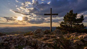 Gipfelkreuz bei Sonnenuntergang von WittholmPhotography