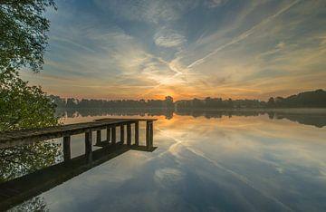 Steg bei Sonnenaufgang von Marcel Kerdijk