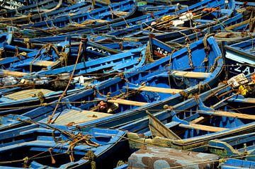 Boats of Essaouira van joost vandepapeliere