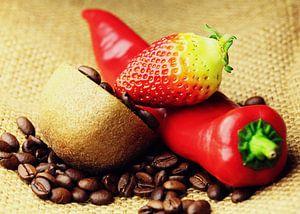 Kaffeebohnen Kiwi Erdbeere Paprika