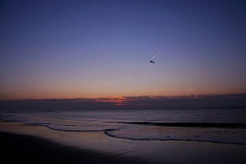 Zonsondergang in Noordwijk aan Zee, Nederland van Bram Jansen