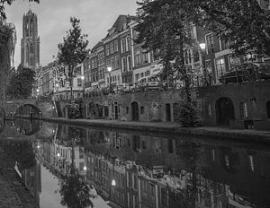 """""""Oude gracht"""" en Dom van Utrecht (zwart-wit)"""