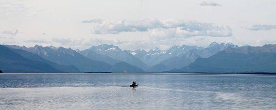 new zealand te anau meer en bergen met kano