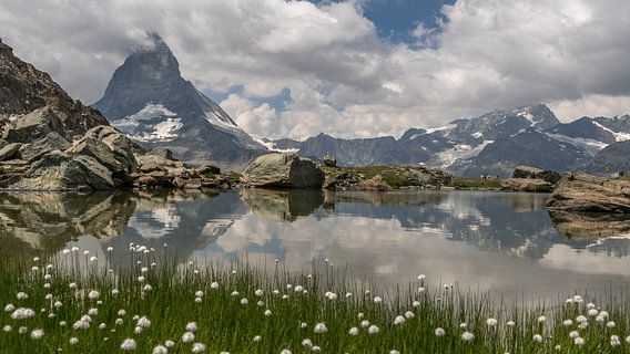 Zicht op de Matterhorn van Arjan Schalken