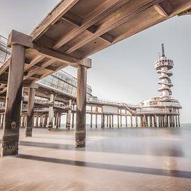 Pier in Scheveningen van Albert Mendelewski