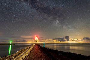 Melkweg boven de haven ingang van Marjolein van Roosmalen