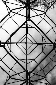 Klettergerüst von unten von Eline Willekens