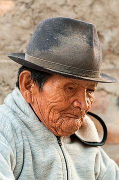Ecuador: Bejaarde (Cotacachi) van Maarten Verhees