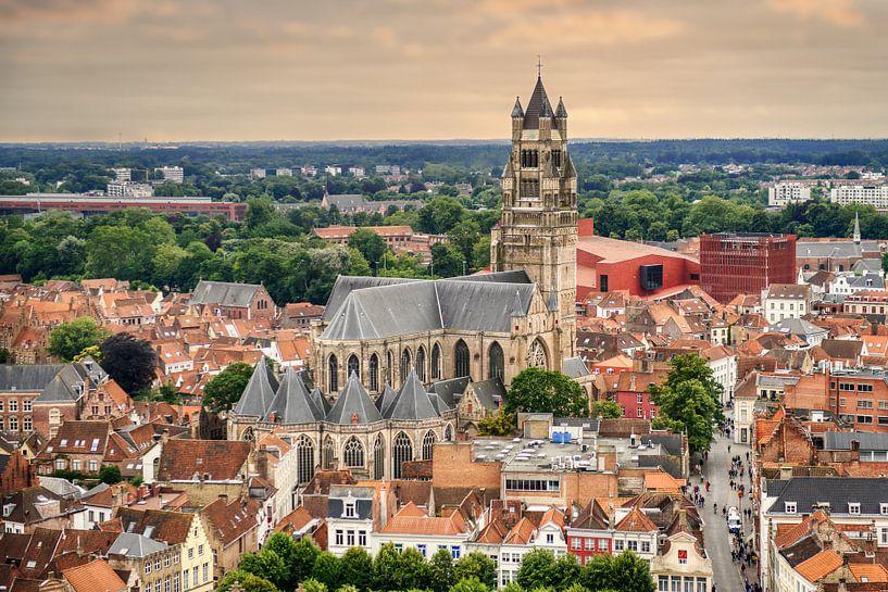 Die St. Salvator-Kathedrale in Brügge von Jim De Sitter