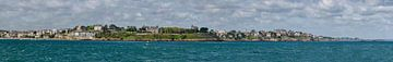 Panorama uitzicht op Dinard (France) van de pier in Saint-Malo van