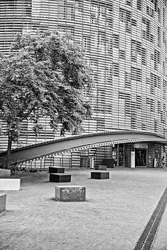 Architectuur Zwart wit Barcelona, architecture photograph building sur Renata Jansen