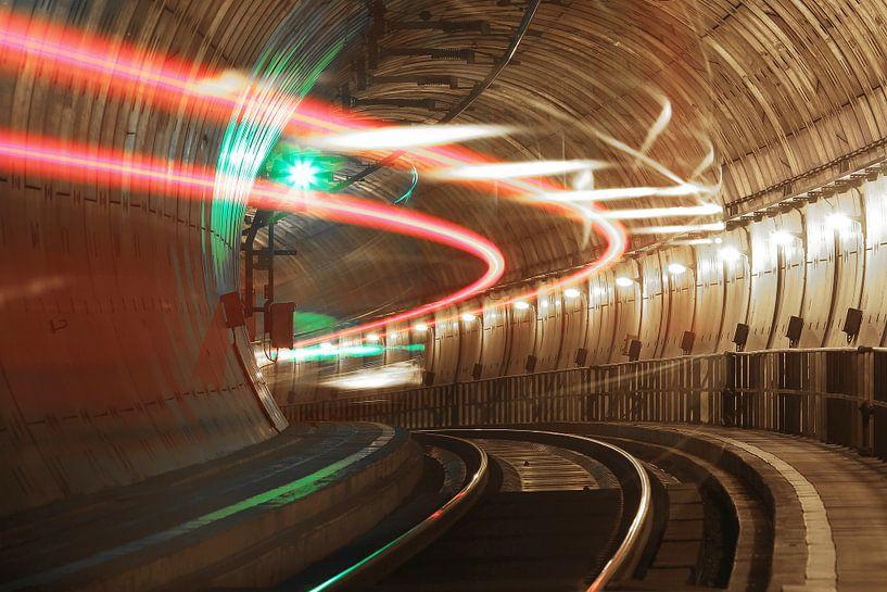 Train en tunnel sur Frank Herrmann