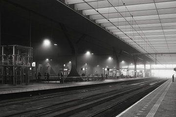 Station Rotterdam in film noir stijl van