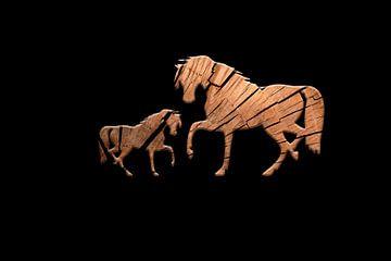 Houten paarden 1 van Catherine Fortin