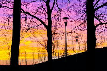Kleurrijke zonsondergang van