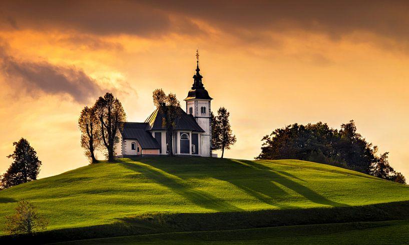 Our Lady of Sorrows, Slovenië van Adelheid Smitt