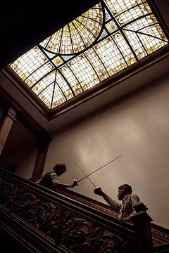 18 - Fencing Schermduel onder glas-in-lood
