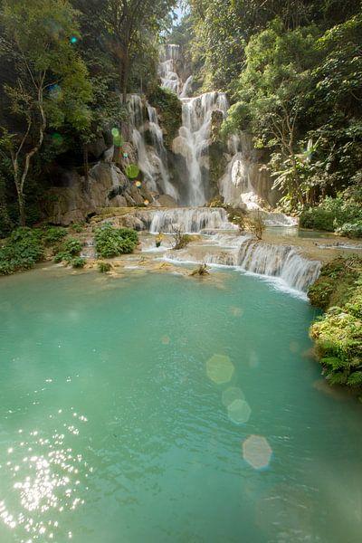 Fairytale Kuangsi cascade and pool, Laos van Fleur Halkema