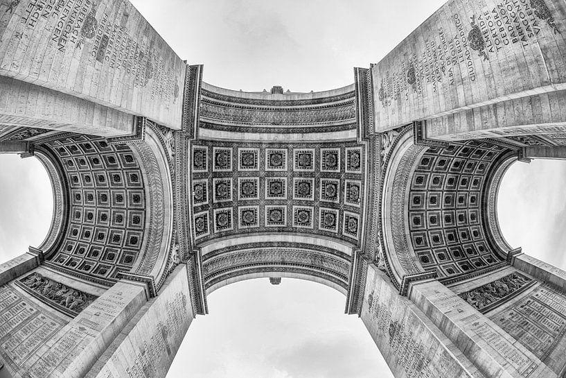 Arc De Triomphe in Parijs van Loek van de Loo