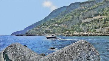Ein Schnellboot an der Amalfiküste segelt entlang der Mole von Amalfi in Italien - Gemälde von Schildersatelier van der Ven