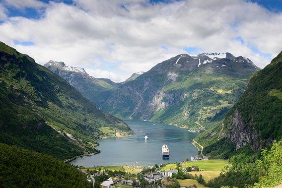 Uitzicht over Geirangerfjord in Noorwegen